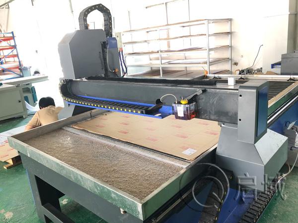 亚克力板雕刻机设备