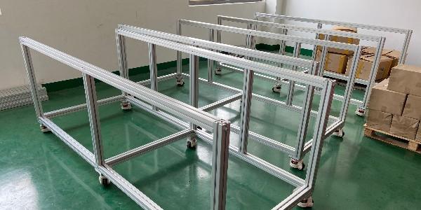 铝型材框架连接