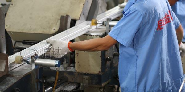 铝型材切割